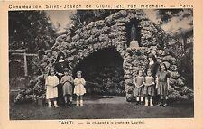 BF18296 tahiti le chapelet a la grotte de lourdes child