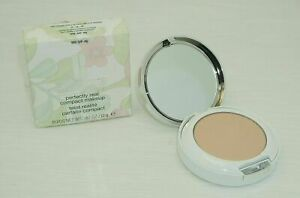 CLINIQUE Perfectly Real COMPACT MAKEUP 106 (VF-N) .42 Oz / 12 G New in Box