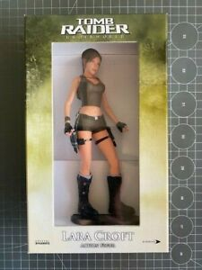 Tomb Raider Underworld Lara Croft Limited Edition Collectors Action Figur