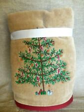 New listing Set Of 2 Well Dressed Home Cotton Bathroom Or Kitchen Hand Towels Christmas Tree
