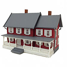 MODEL POWER N SCALE STEVENSON'S HOUSE BUILT-UP BUILDING LIGHTED with 2 FIGURES