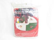 VTG BUCILLA NEEDLECRAFT CHRISTMAS CREWEL TREE SKIRT OR TABLE CENTER