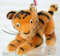 "Disney Tigger by Steiff  354977  Mohair #574/2000 Limited 2014 7.5"" orange/black"