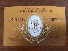 Une étiquette de champagne Cristal Roederer 2002