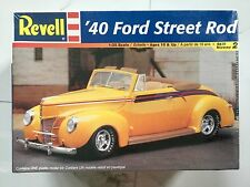 REVELL 1/25 1940 FORD CONVERTIBLE STREET ROD BUILT W/ TOP UP OR DOWN 85-2344 F/S