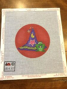 HANDPAINTED  NEEDLEPOINT CANVAS WITCH'S HAT WITH FROG -AB137