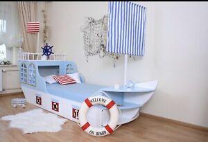 Schiffbett Oli Niki für Kinder mit vielen netten Details