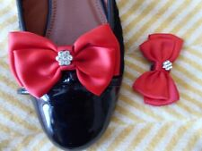 Red/Diamante Shoe Bow Clips