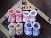 Newborn Baby Blue/Pink/Cream Boy/Girl Acrylic Knitted Bow Bootee/Booties Socks