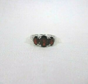 2.56 ct Natural Oval Cut Red Garnet & White Topaz Solid Sterling Silver Ring