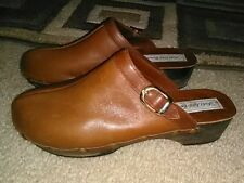 Women's Saks Fifth Avenue Slip-on Brown Leather Clogs Shoes * Size 8 M * Nice!