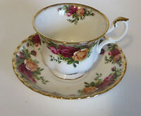 Royal Albert Old Country Roses 1962 Tea Cup and Saucer Porcelain
