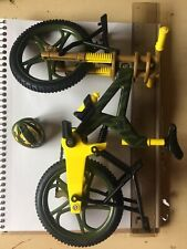 1/6 Scale Ultra Corps Moutain Bike Green Yellow With Helmet