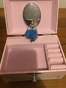 Music Box Disney Store Sleeping Beauty Princess