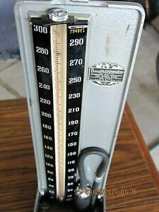 Vintage Baumanometer Sphygmomanometer