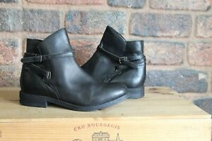 BLACK LEATHER ANKLE CHELSEA BOOTS SIZE 6 / 39 BY ASOS USED CONDITION