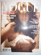 Magazine VOGUE PARIS mode French #824 février 2002 scandale mode sexe volupté