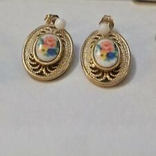 Vintage Red, Blue & Yellow Flowers Art & Gold Tone Pierced Earrings Sarah Covent