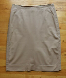 Victoria Secret Body by Victoria beige/tan stretch skirt (8)