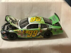 NASCAR Diecast 1/24 scale #99 Jeff Burton Green Lantern Justice League 2004 Ford
