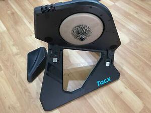 Tacx NEO 2T Smart Bike Trainer - Black