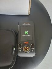 Sony Ericsson Walkman W580i slide cell phone Black/Orange (open box)