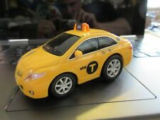 New York City NYC Taxi 2014 TLC Livery Toyota Camry Pullback Car 1:43 Scale