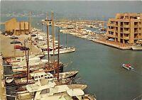 BR15774 La Faviere port de bormes le mimosas ship bateaux  france