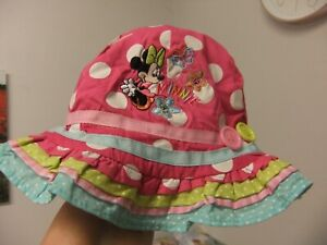 Pink spotted Disney Minnie sun hat to fit age 0-6 Months.