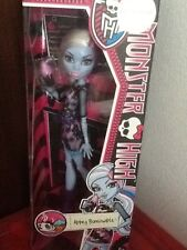 Monster High Abbey Bominable Coffin Bean NEUVE EN BOITE