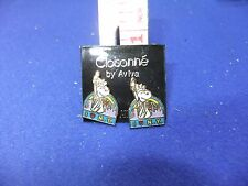 vtg snoopy new york liberty earrings enamel on card 1970s peanuts schulz unused