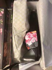 7a66445d88d Women s Gucci Bloom Pursuit Canvas GG Pink Floral Slides Size 6.5