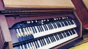 HAMMOND CV - Organ w BENCH and PEDALS