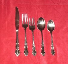 ONEIDA STAINLESS FLATEWARE DOVER GLOSSY 5 PIECE PLACE SETTING