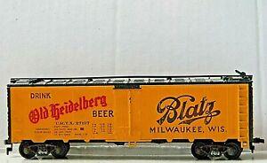 Athearn 40' Ice Reefer ~ Blatz Old Heidelberg Beer ~ Rd# URTX 27107 - HO
