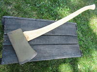 Vintage MANN Axe Lewistown Green for Military From AM General 5 1/2 lb w/ handle