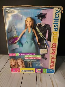 Mary Kate And Ashley Year Of Celebrations Graduation Celebration Vintage 2003