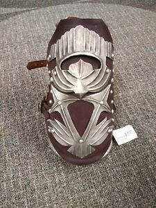 Assassin's Creed Ezios Armored Vambrace With Pistol