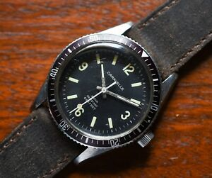 Vintage CARAVELLE Sea Hunter 666 Stainless Steel 11DP Diver Watch Tropical Bezel