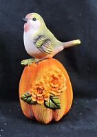 Bird on Pumpkins w/Flowers Fall & Thanksgiving Home Decor (C)