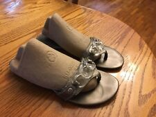 CATO Women Size 7 Metallic Silver Thong Flip Flops Sandals Slides Clear Accents