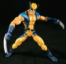 2005 ToyBiz Marvel Legends Astonishing Wolverine X-Men Action Figure
