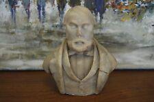Sculpture en pierre, Buste d'un homme.