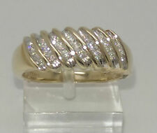 VS2 Round Eternity Yellow Gold Fine Diamond Rings
