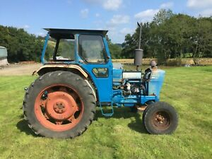 Ford 4600 Tractor and Topper