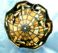 "Tiffany Style stained glass Tuplip Floral Lamp Shade 7"" Dia"