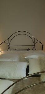 Bed Antique victorian  cast iron  Kingsize  frame base frame
