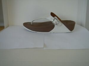 FITFLOP    WHITE LEATHER   ADJUSTABLE TOE POST SANDALS UK 6