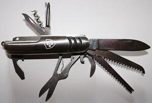 Taschenmesser mit Lasergravur aus Edelstahl mit 11 Funktionen. Neu