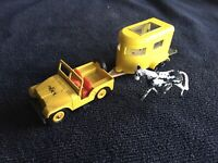 Vintage Lesney Matchbox Series No.72 Jeep made in England & Horse Trailer No.43